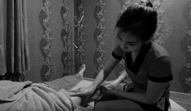 Работа для девушек в москве массажисткой работа для девушек в актау