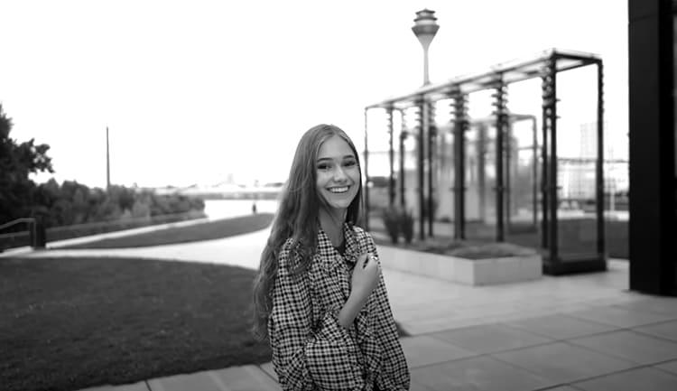 Вакансия девушке в Одессе